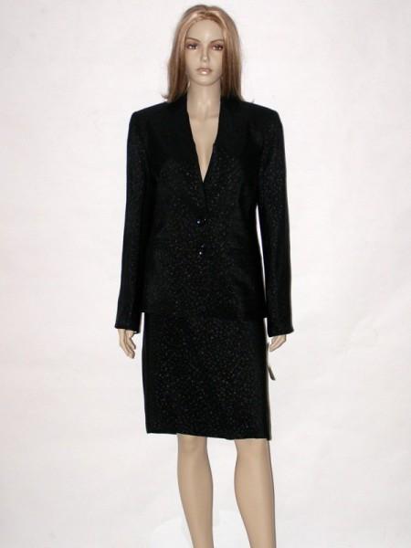 eb64454f22d2 Černý společenský kostým se sukní 1913 Andrea Martiny 42