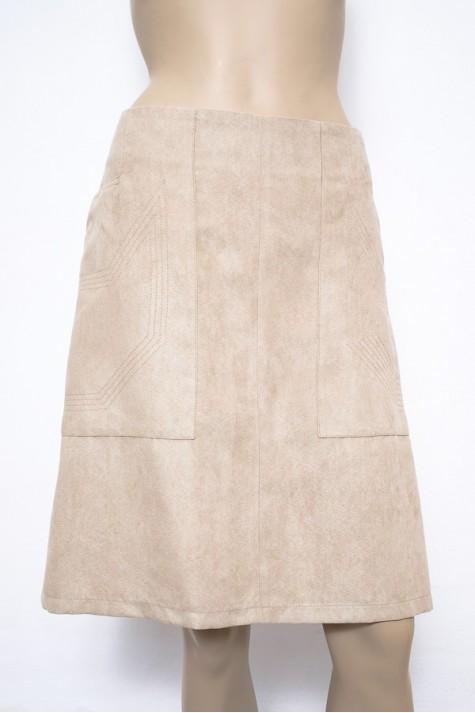 72f6a8a9a56 Béžová sukně áčkového střihu s podšívkou 1416 Andrea Martiny 40