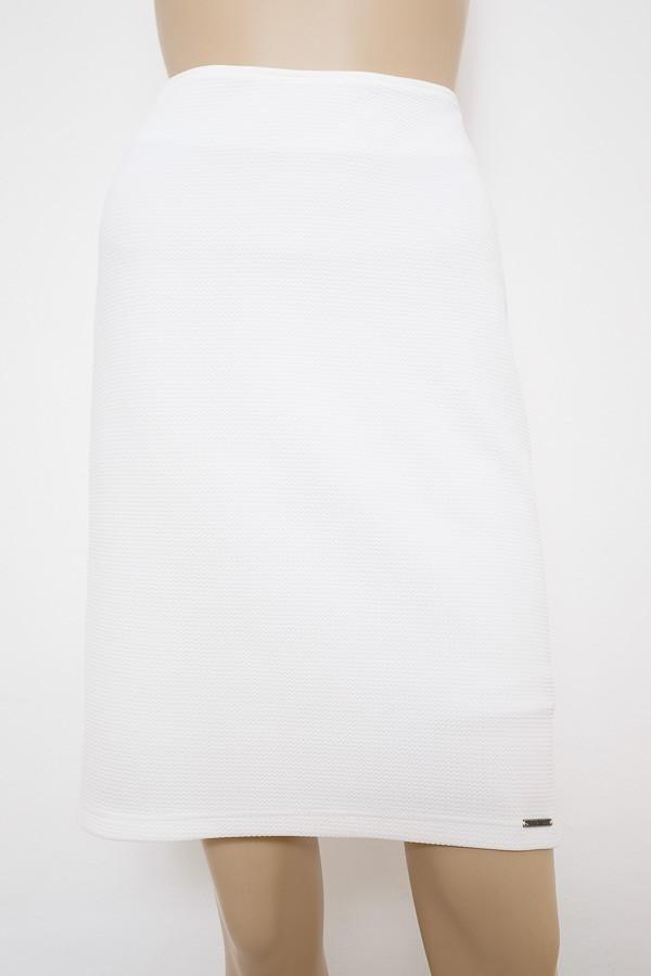 7ccbc7307a7 Smetanová úzká elastická sukně 1316 Andrea Martiny 40