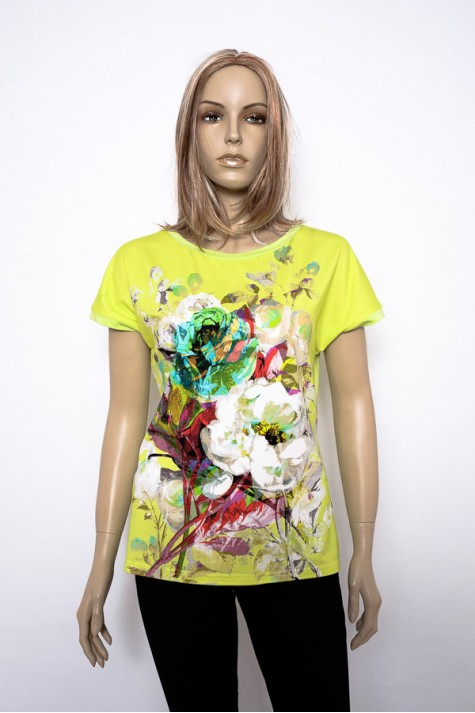 Zelené tričko s květinovou abstrakcí na předním díle 1616 Andrea. a66bd054dc