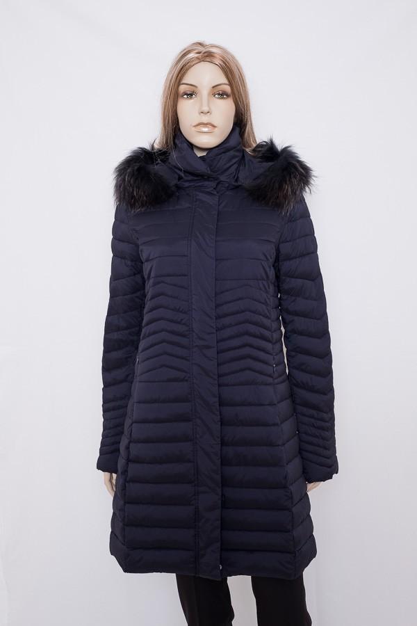 32909cb100 Černý zimní elastický prošívaný kabát 2613 Veltex 40