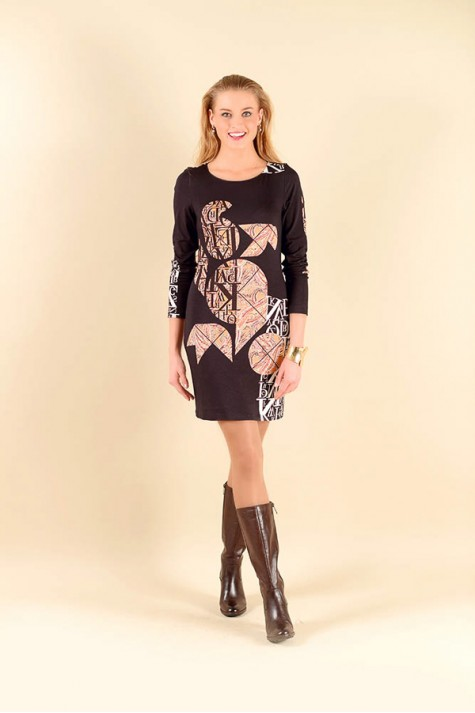 Černé šaty s abstraktním vzorem 0616 Andrea Martiny 46 25833304da