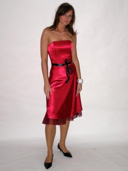 05305cef30c8 Společenské saténové šaty červené 1508 Andrea Martiny 36