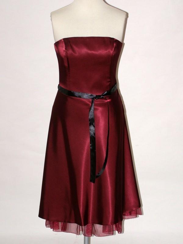 Vínové korzetové šaty 1508 Andrea Martiny 40